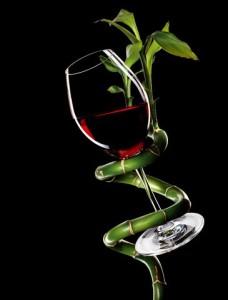Dan wine with ivy