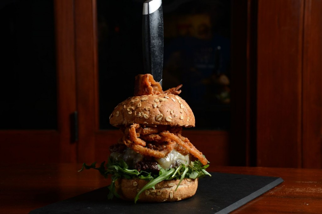 The Raymond 1886 - The Bourbon Bacon Burger