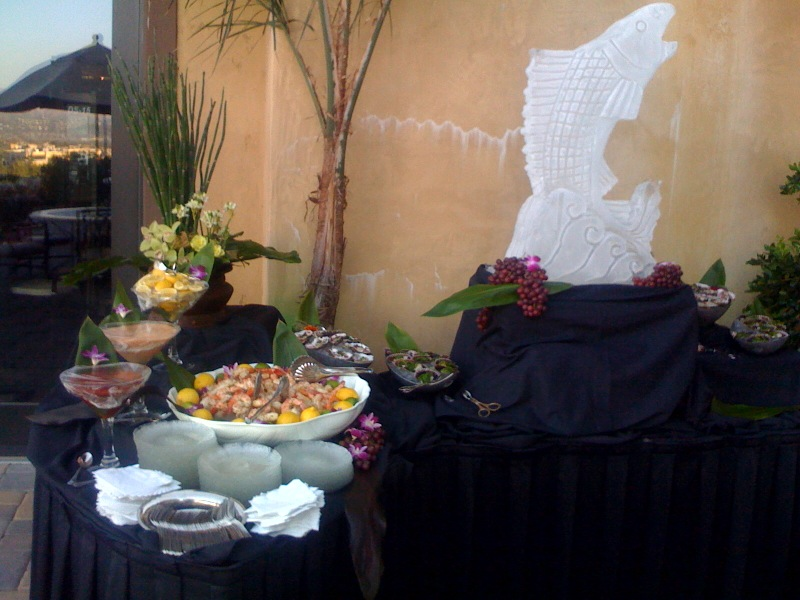 art-wine-gala-food-display