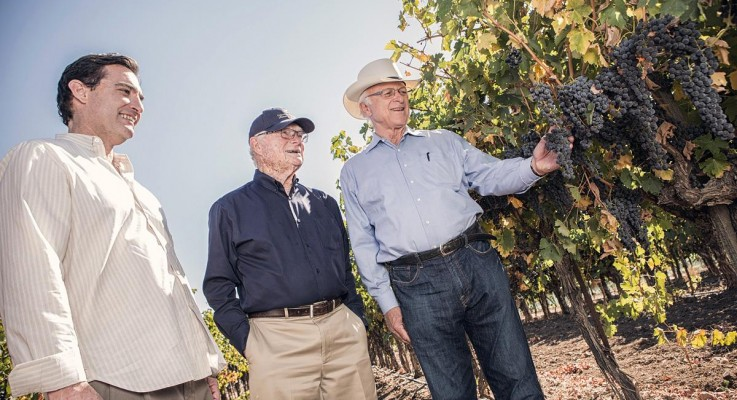 Vintage Eve Circa 8/2013: Tasting, and Learning, from Louie Lucas of Lucas and Lewellen Vineyards